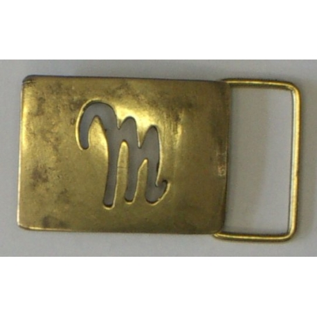 BUCKLES, SMALL MEDAL Q8