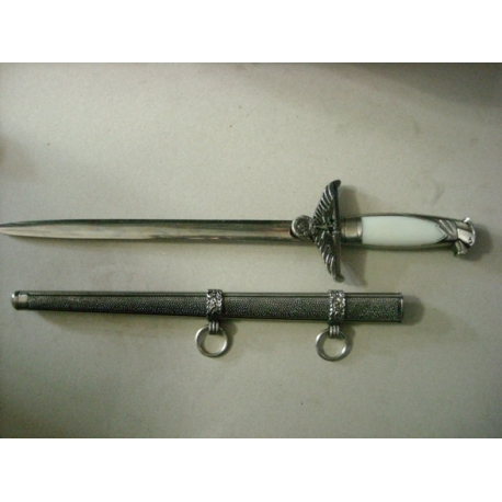 FASCES AND DAGGERS R178